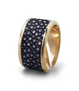 Кольцо Бланш-Черный скат
